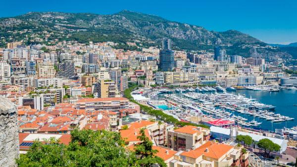 Вид на Монте-Карло с Монако
